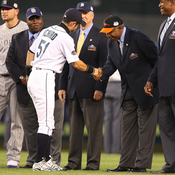 As Tony Gwynn, Al Kaline and Dave Winfield look on, fellow Hall of Famer Frank Robinson is greeted by Ichiro Suzuki, who eventually could be headed to Cooperstown himself.
