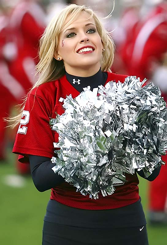 Meet Chanelle, an international business major and member of the Washington State cheer team. The proud Cougar loves to dance, has a weakness for chocolate and secretly likes playing video games. Want to find out more? Click on the 20 Questions link below.