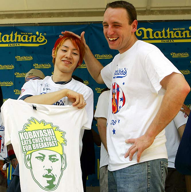 Never before has the sports world seen such an event. In the 93-year history of the Nathan's July 4th Hot Dog Eating Contest at Coney Island, never has there been a tie. That is, not until 2008. Following regulation, main munchers Takeru Kobayashi and Joey Chestnut took their intestinal dexterity to a five-dog eat-off.<br><br>Who took the crown?<br>Who reigns as the supreme frenzied face-stuffer?