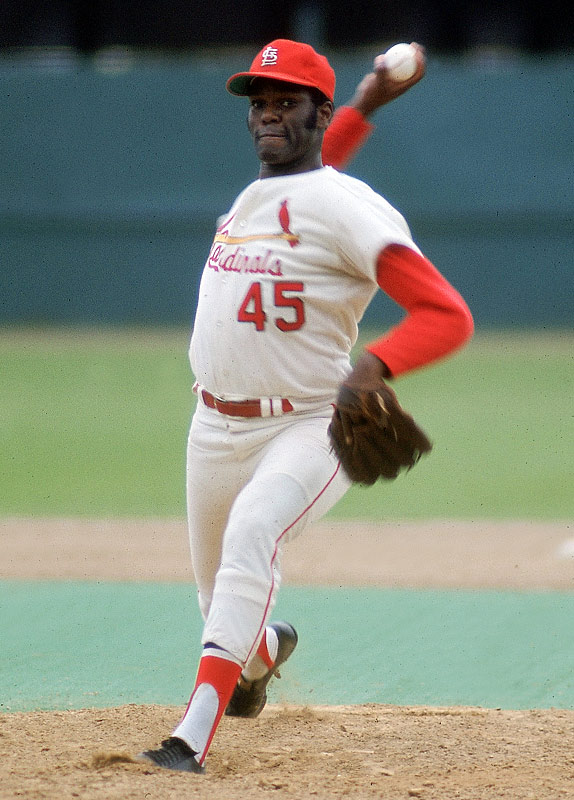 Cardinals right-hander Bob Gibson becomes the second pitcher in major league history to record 3,000 career strikeouts when he fans Cesar Geronimo of the Reds.