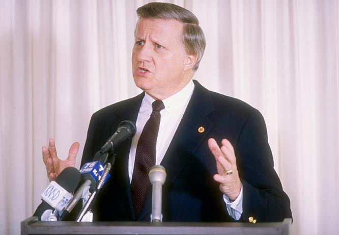George Steinbrenner is forced by Commissioner Fay Vincent to resign as principal partner of the New York  Yankees.