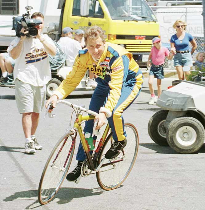 Greg Lemond wins his second consecutive and third career Tour de France.