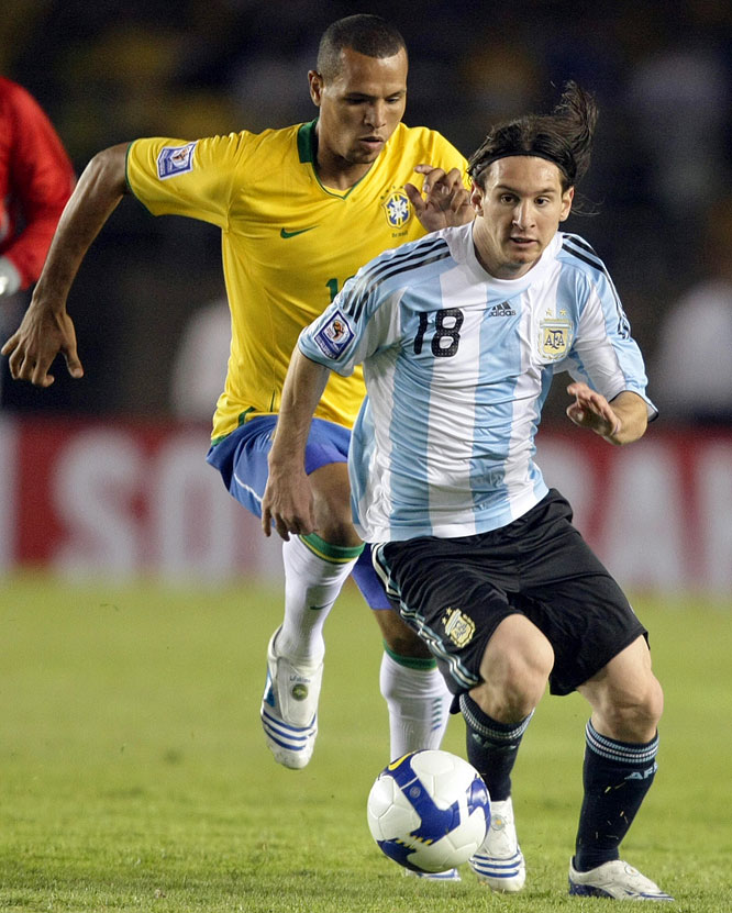The runner-up to Kaká in FIFA World Player of the Year balloting headlines a squad loaded with top-flight talent. The team's overage selections include Boca Juniors midfielder Juan Riquelme, Liverpool midfielder Javier Mascherano and Inter Milan defender Nicolas Burdisso.