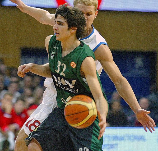Considered by many the best European guard prospect since Drazen Petrovic, the 17-year-old floor general remains the youngest player to appear in a Spanish ACB League game. He'll join a loaded Spanish team featuring Pau and Marc Gasol, José Calderón, Rudy Fernández, Jorge Garbajosa, Raúl López and Juan Carlos Navarro.