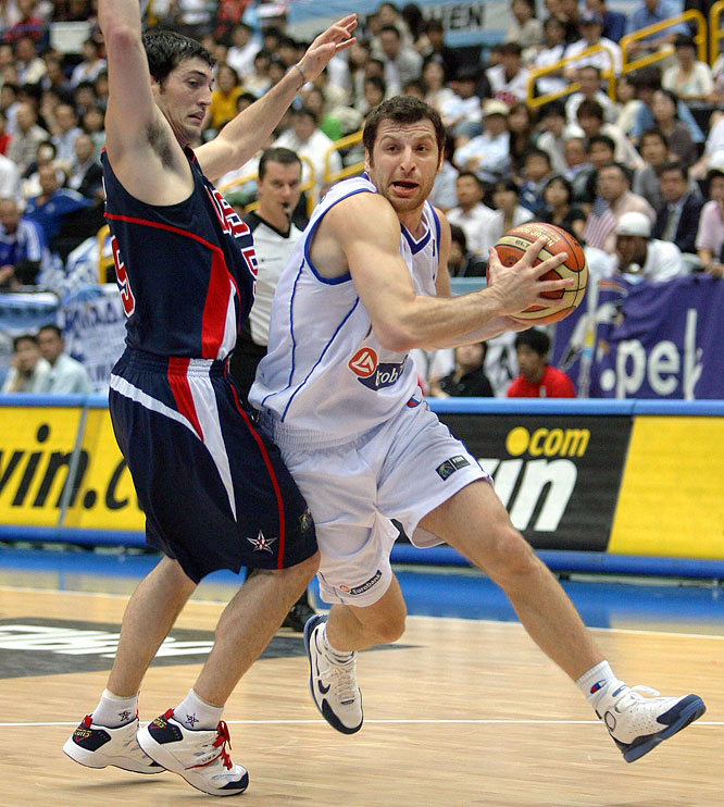 """Papaloukas is best known among American hoops fans for his standout performance in Greece's upset of the U.S. in the semifinals of the 2006 FIBA World Championships. The versatile """"point forward"""" carved up the American defense with a game-high 12 assists, chipping in eight points in a 101-95 stunner."""