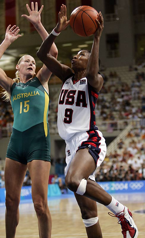Behind Lisa Leslie's 15.6 points per game, the U.S. won all eight of its games, getting its fifth-straight gold medal with a 74-63 win over Australia.