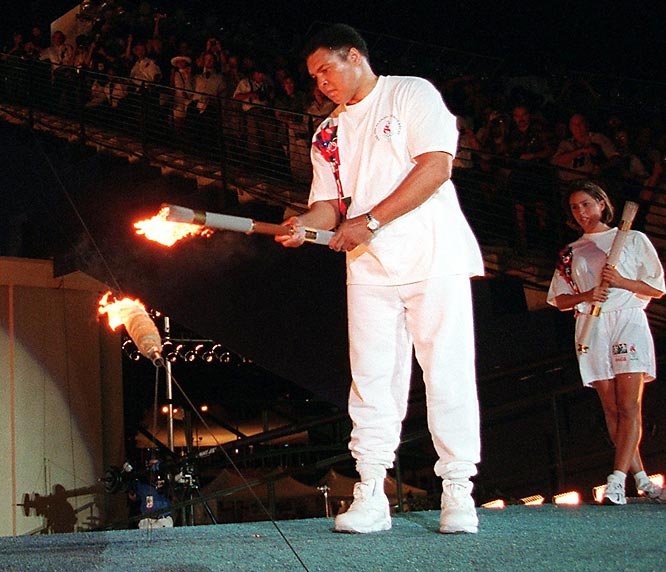 The former boxer who many consider the top heavyweight in history had the Atlanta crowd in shock and tears as he kicks off the 1996 Olympics.