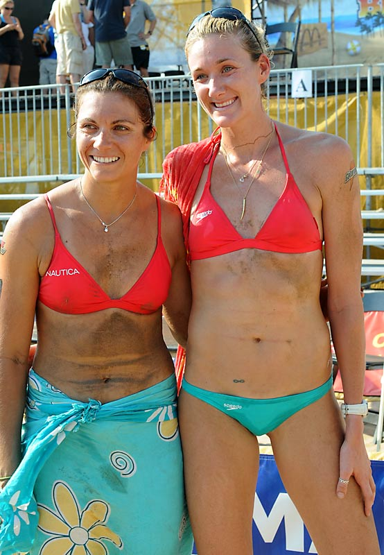 A day after winning the Brooklyn Slam, Kerri Walsh and Misty May-Treanor, along with other Olympians, met President Bush -- wearing something other than bathing suits.