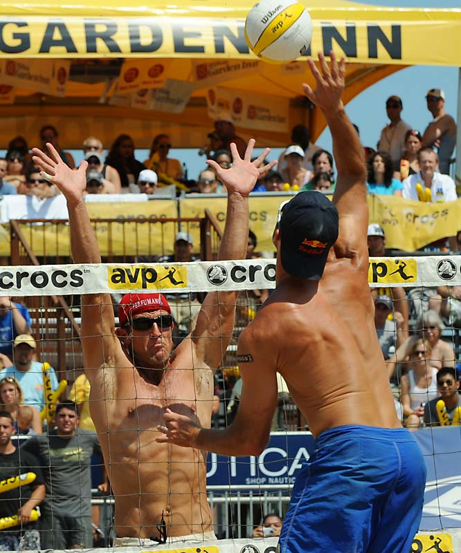 Sean Scott (right) and Nick Lucena rolled to the finals against Phil Dalhausser and Todd Rogers