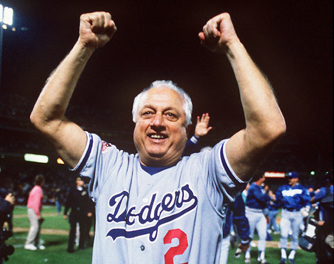 Dodger Tommy Lasorda wins his 1,000th game as manager as the Dodgers beat the Phillies, 4-2.