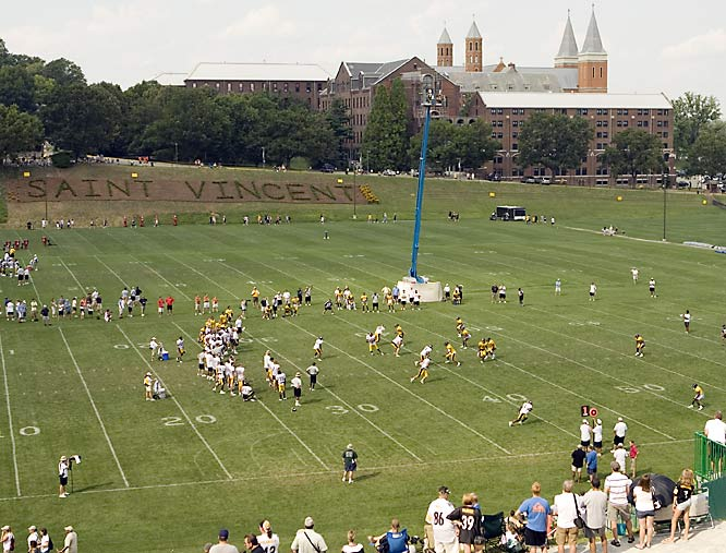 SI photographer Michael J. LeBrecht II's shots from Steelers training camp.
