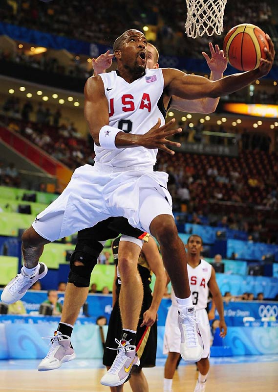 Michael Redd drives to the basket against Germany.