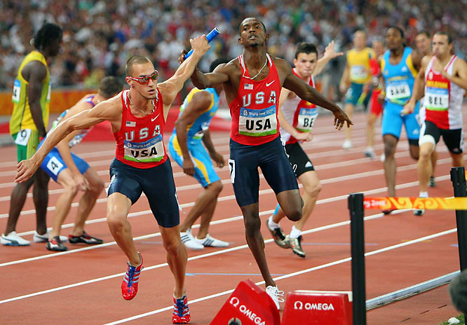 Jeremy Wariner ran the anchor leg as the U.S. won the men's 1,600-meter relay in an Olympic record time of 2 minutes, 55.39 seconds.