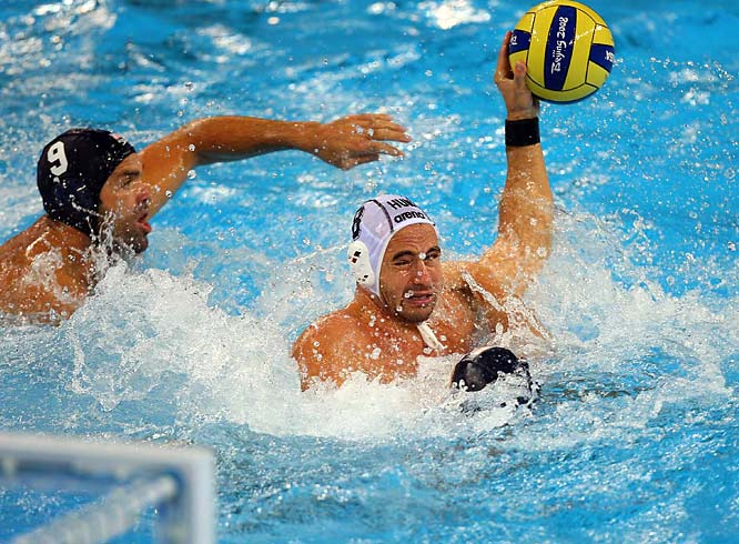 Tibor Benedek and Hungary scored three times on counter attacks and also scored with a 6-on-4 advantage.