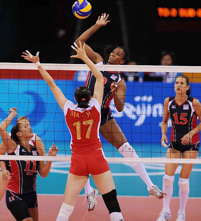 Danielle Scott-Arruda helped the U.S. knock off China in five sets in the preliminary round. The Americans are 3-2 overall, in good shape to advance. China fell to 2-2.