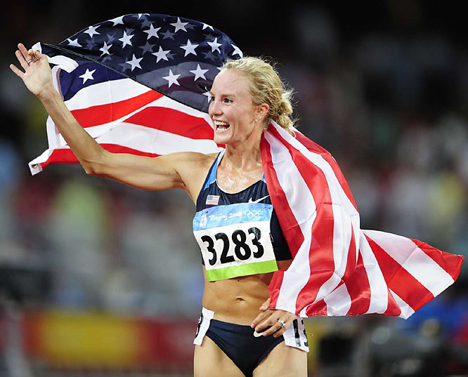 Shalane Flanagan shows her colors after winning the bronze in the 10,000m final.