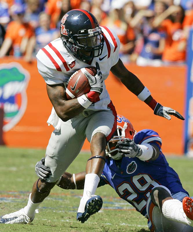 While silence fell upon Florida Field and the Gators, Mike Wallace and the Rebels let out a yell after their 31-30 upset.