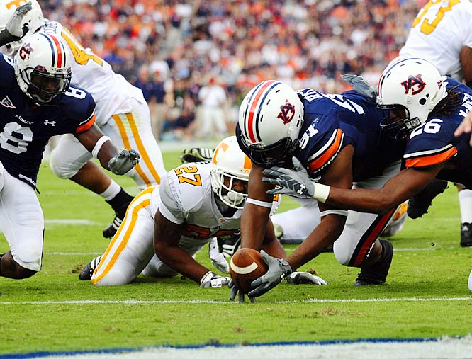 The War Eagle's defense stood up to Tennessee's final push, and bounced back from the previous week's loss to beat the Volunteers.