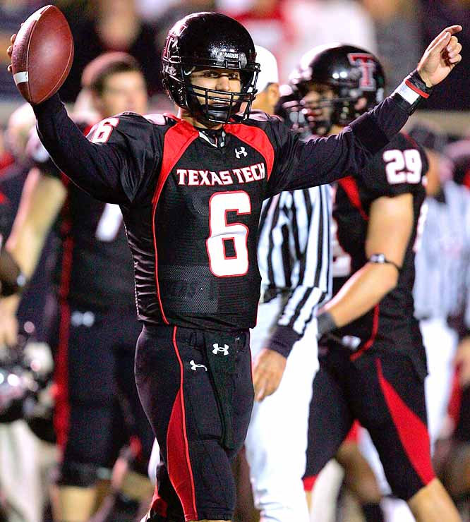 There appears to be no end to Graham Harrell's assault on the NCAA record books. The Red Raiders QB completed 31-of-48 passes for 418 yards and 5 TDs in the team's convincing win over the intrastate Mustangs.