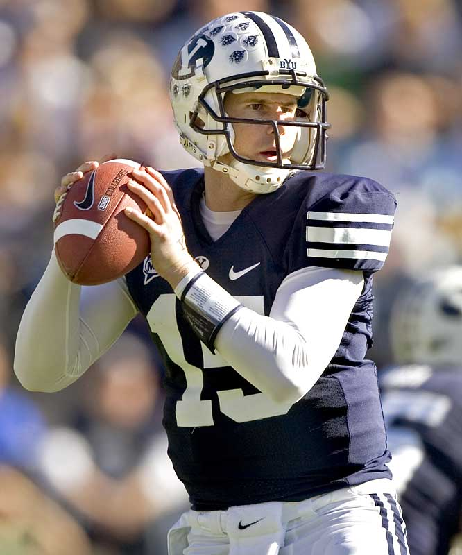 On paper, it looked like a mismatch. But the Cougars, perhaps still stinging from their blowout loss to TCU last week, needed all of QB Max Hall's talent and smarts to pull off the last-gasp win. On the day, Hall threw for 245 yards and four TDs.