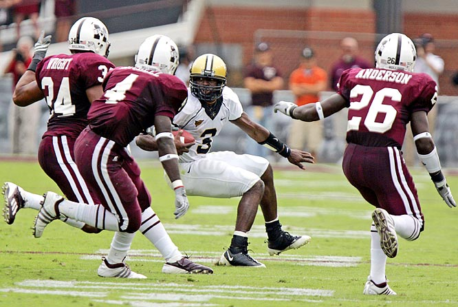 Mississippi State held quarterback Chris Nickson to 3 of 10 passing for 15 yards and, more importantly, didn't allow any runner to surpass 15 total yards in the game.