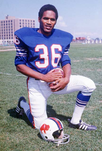 In the Bills 23-14 victory over the Chiefs, O.J. Simpson runs for 157 yards, putting him over 1,000 yards at the seventh game of the season.