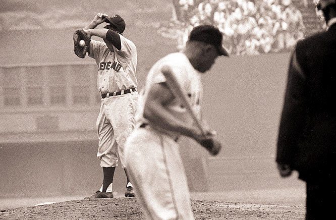 Led by a dominant pitching staff that featured Bob Lemon and Bob Feller, the Indians set an AL record with 111 wins. But Willie Mays' sensational catch and a game-winning home run by little-known Dusty Rhodes in Game 1 sent the Giants on their way to a four-game sweep.