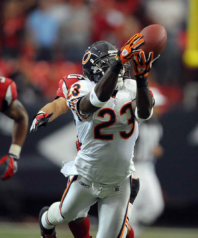 When Brandon Lloyd was sidelined by a knee injury, Devin Hester stepped up as a legitimate deep option for Kyle Orton. In Lloyd's absence, Hester hauled in 16 passes for 202 yards and two touchdowns.