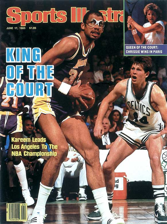 Kareem Abdul-Jabbar joins Wilt Chamberlain as the only players in NBA history to score 30,000 points.