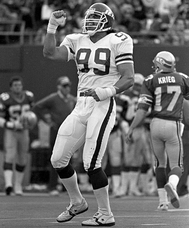 Mark Gastineau (1956, pictured) <br>John Maclean (1964) <br>Chris Childs (1967) <br>Keith Rucker (1968) <br>Joey Galloway (1971) <br>J.D. Drew (1975) <br>Carlos Boozer (1981)