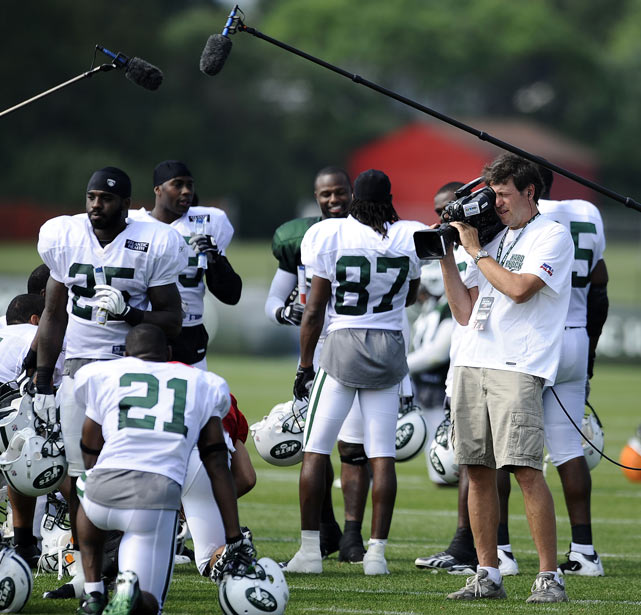 "In 2010, the Jets became the subject of HBO's reality series,  Hard Knocks . The show, which was a huge hit, highlighted the boisterous Rex Ryan and his outspoken team. Not everyone was a fan, however. When asked about the show during a Boston radio appearance, Tom Brady said, ""I hate the Jets. I refuse to support that show ... I'm sure it's great TV and I'm glad people are liking it. But that's something I have no interest in watching. I'd love to say a lot of mean things, too, but I'd rather not do that, either."""