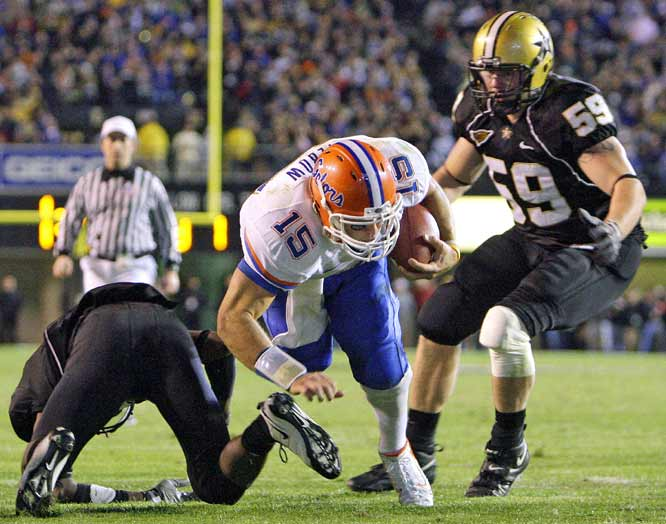 It was the Tim Tebow show in Nashville. The 2007 Heisman-winner threw for 172 yards and three touchdowns and ran for 87 yards and two more scores in a runaway victory.