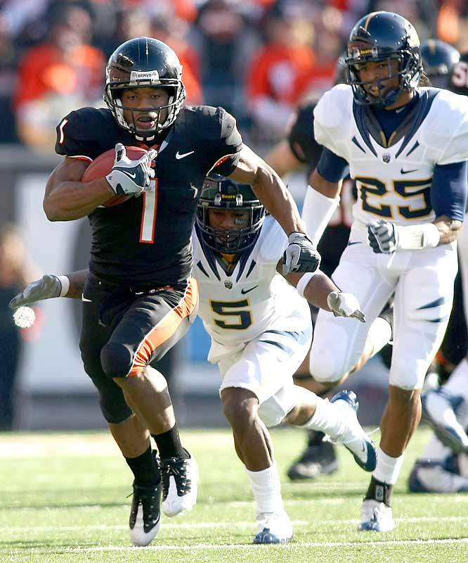 There's no fuzzy math involved with the Beavers' Rose Bowl chances. RB Jacquizz Rodgers (144 rushing yards, 1 TD) and OSU need to win at Arizona and beat Oregon in the Civil War to earn a BCS bid.