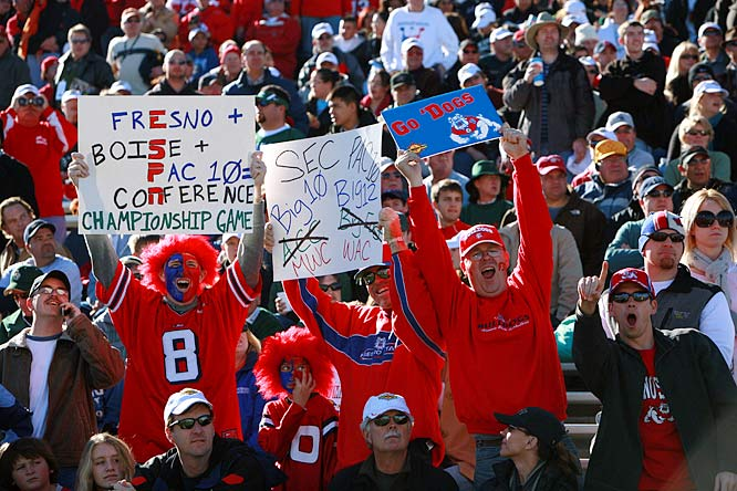 Fresno State fans enjoy their anti-Pac-10 jokes, but they weren't laughing when their Bulldogs fell to Colorado State, 40-35.