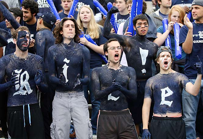 These Rice fans really know how to replicate their logo.
