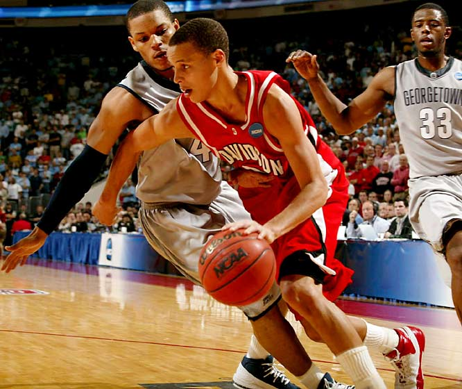 The Wildcats continued their surprising run to the Elite 8 on the back of another monster performance in the second half by Stephen Curry. Curry singlehandedly outscored the Hoyas over the final 14:24, putting up 25 points to Georgetown's 22, as Davidson ran to a 74-70 win.