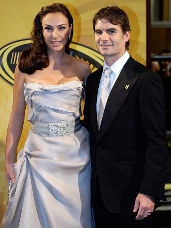 Jeff Gordon and his wife, Ingrid Vandebosch, pose before the awards ceremony, where Gordon was honored for his place in the Chase.