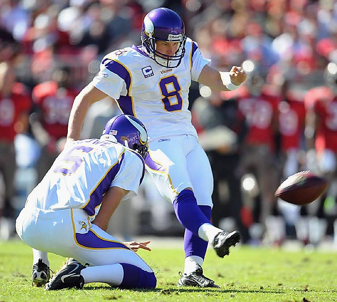The Vikings kicker is a perfect 5-for-5 on field goals of 50 yards or longer, while John Carney didn't even attempt one.