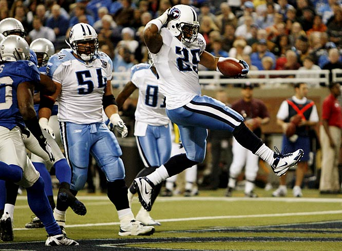 A week after suffering their first loss of the season, LenDale White and the Titans got back on track witih a 47-10 victory over winless Detroit. White scored from six and two yards out en route to finishing with 106 rushing yards.<br><br>Send comments to siwriters@simail.com