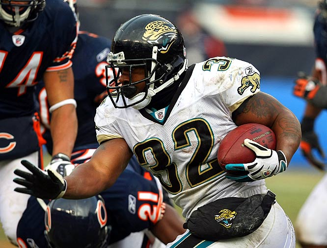 On a day in which the Jaguars' offense struggled to get into a rhythm, Maurice Jones-Drew was a bright spot, rushing for 55 yards and catching seven passes for 47 yards and a touchdown.