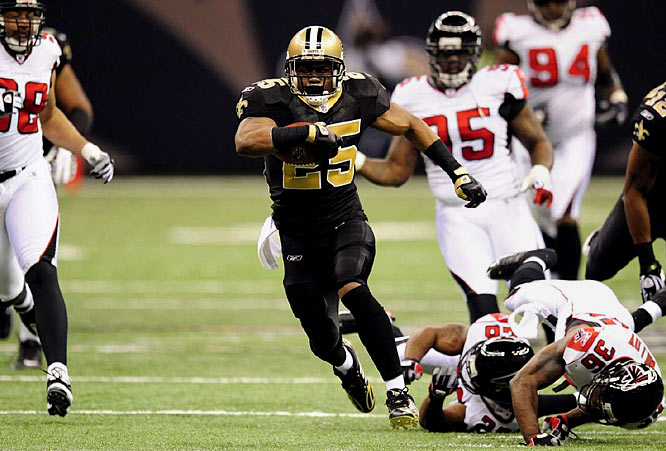 In his second game back after knee surgery, Reggie Bush helped lead the Saints' newly-rediscovered running attack, rushing for 80 yards, including a career-long 43-yard carry. Bush also picked up 26 yards receiving and a touchdown reception as New Orleans moved to 7-6 on the season.