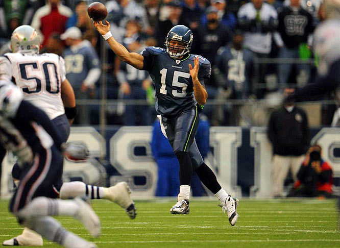With Matt Hasselbeck fighting a back injury, Wallace made the ninth start in his six-year career, and nearly led the Seahawks to a surprise upset over the Patriots. Wallace was 20-for-28 with 212 yards passing and a career-high-tying three touchdowns, but New England edged Seattle 24-21.