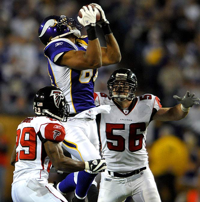 In a game marred by fumbles and a failed chance at clinching the NFC North, Shiancoe stood out as a bright spot for the Vikings. He caught seven passes for 136 yards and two touchdowns as Minnesota fell 24-17 to the Falcons.