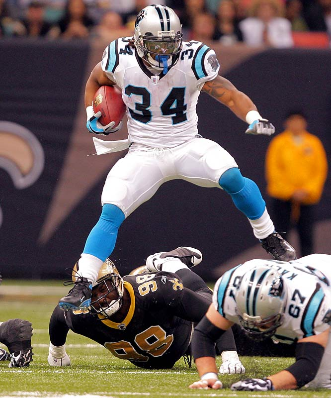 A week after scoring four touchdowns against the Giants, Williams set a Carolina franchise single-season rushing record. Although he didn't get into the end zone, he did rush for 178 yards, giving him 1,515 yards on the season, eclipsing Stephen Davis' 1,444 in 2003.