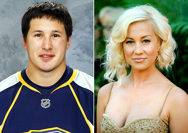 Tootoo and Pickler dated in 2007.