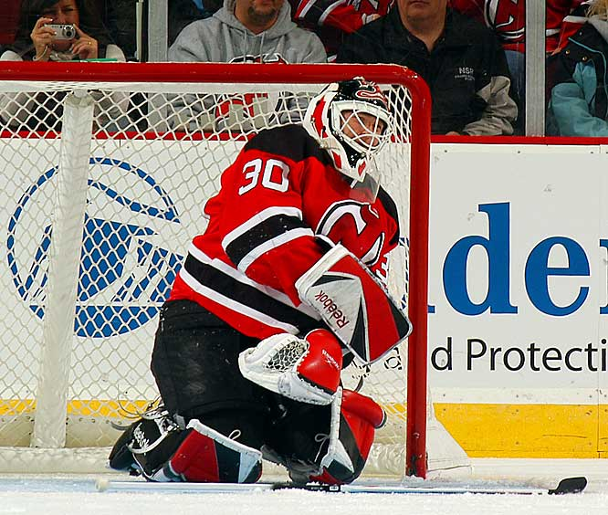 With the Devils netminder closing in on Patrick Roy's career wins record (551) and Terry Sawchuk's shutouts mark (103), one of the season's biggest milestone celebrations was put on hold for three-to-four months when Martin Brodeur tore a tendon in his left elbow during a game on Nov. 1. The Devils were forced to turn to backups Scott Clemmensen and Kevin Weekes, but continued to contend in the Atlantic Division.