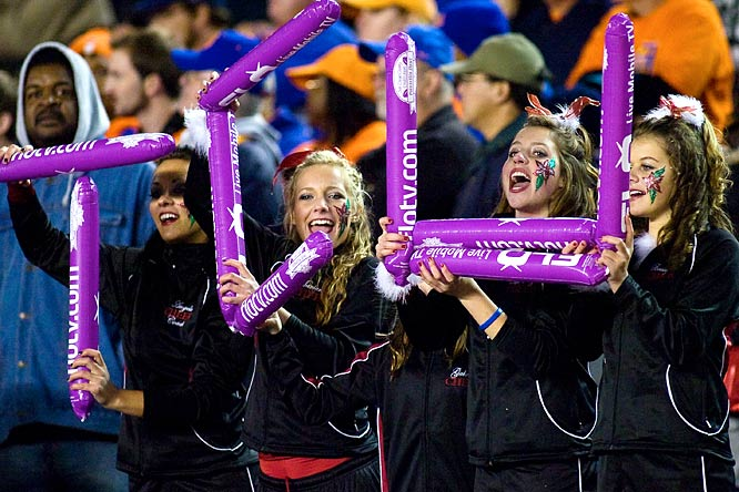 Props to these TCU fans for their innovative use of thunder sticks.