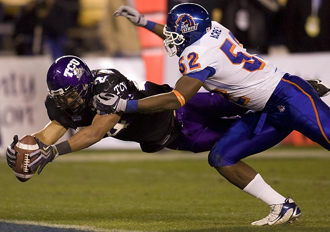 In one of the best games of this bowl season, the Horned Frogs earned a comeback win over fellow mid-major power Boise State. TCU outgained the Broncos 472 yards to 250, but had trouble putting points on the board.