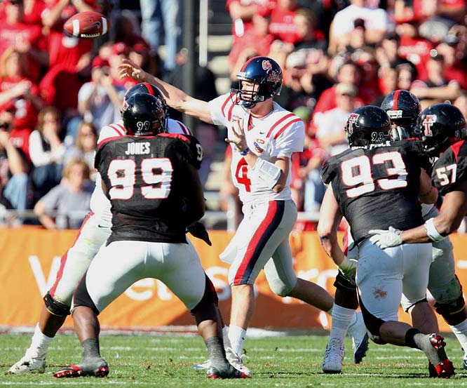 The Rebels capped off a gratifying 9-4 season with their sixth straight win. Ole Miss racked up 515 yards of offense with great balance -- 292 through the air and 223 on the ground. QB Jevan Snead had three touchdown passes.