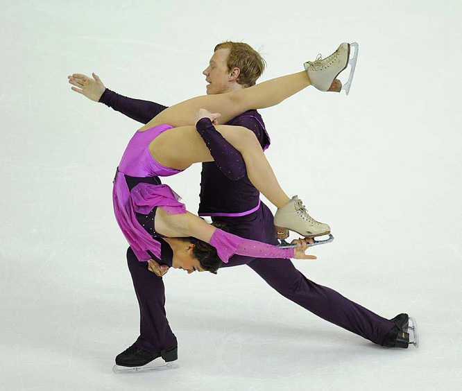 Jane Summersett and Todd Gilles placed sixth.